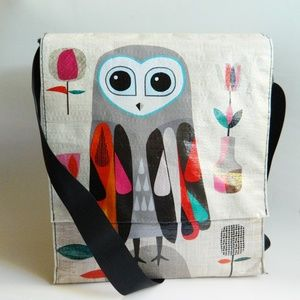 Owl Messenger Crossbody bag